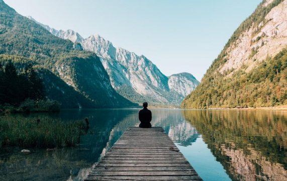 Lótus & Lírios - Aulas de Meditação